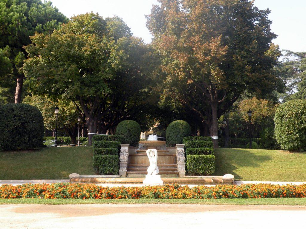 palau reial de pedralbes tuinen in barcelona