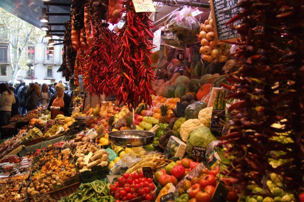 Groente- en fruitmarkt in Barcelona