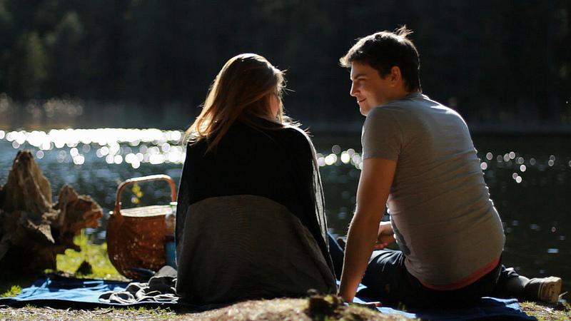 hopeloos romantisch dating een realist Albany dating diensten