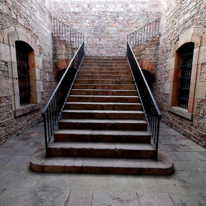 grote trap in het kasteel van montjuic