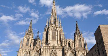 buitenkant kathedraal barcelona