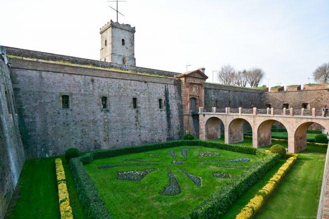 kasteel montjuic in barcelona