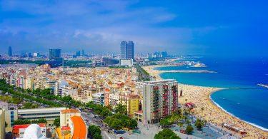 noordelijk uitzicht over barcelona en stranden