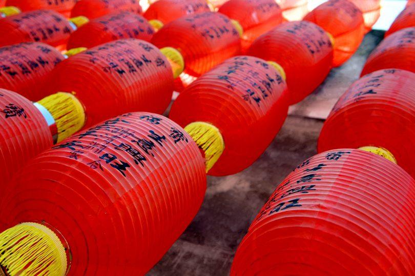 rode chinese lantaarns
