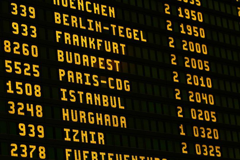 vertrekbord vliegveld