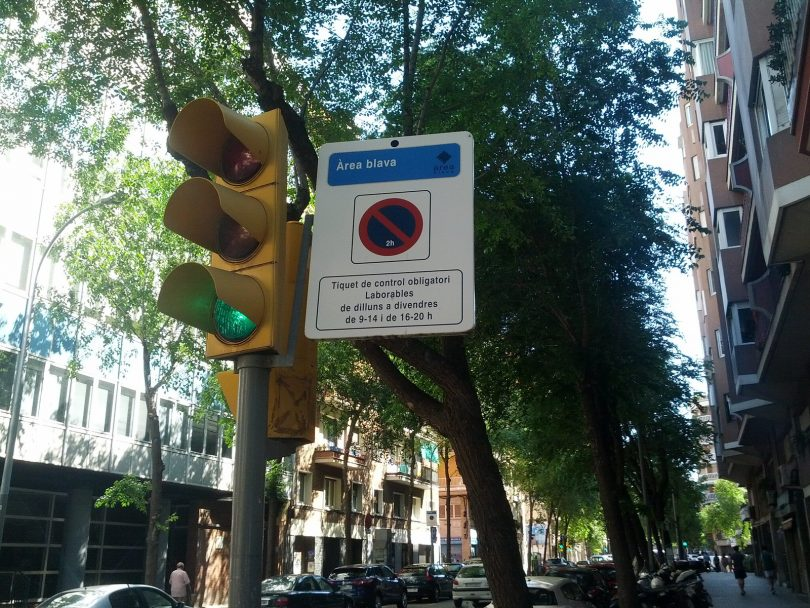 bord blauwe parkeerzone barcelona