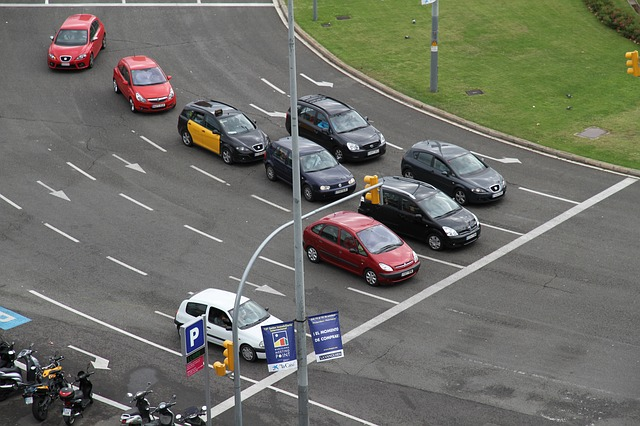 auto's bij rotonde barcelona