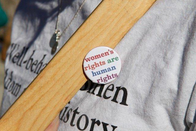 button over vrouwenrechten