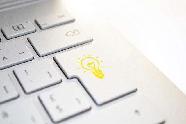 toetsenbord met lamp