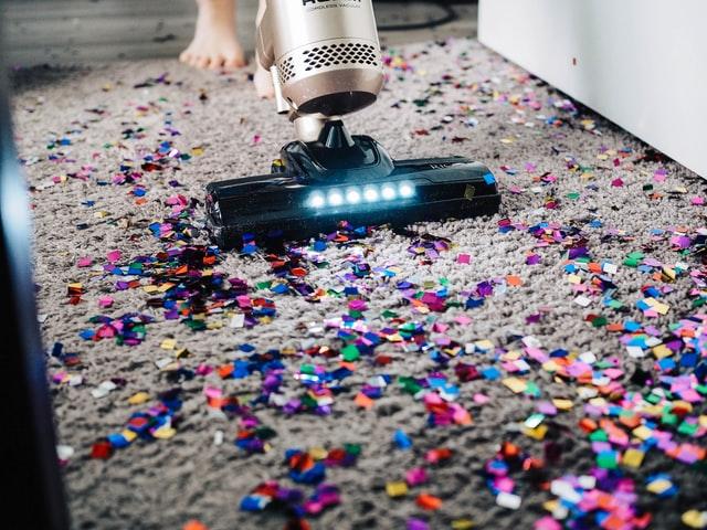 appartement delen en confittie op de vloer