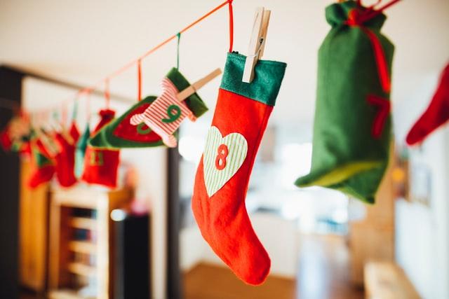 kerstsokken in groen en rood