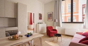 vakantieappartement in barcelona met keuken en zitkamer